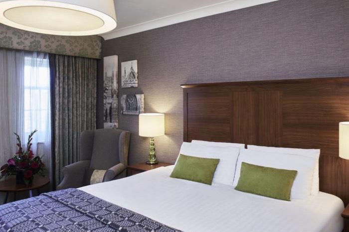 Mercure Hotel Exeter Bedroom